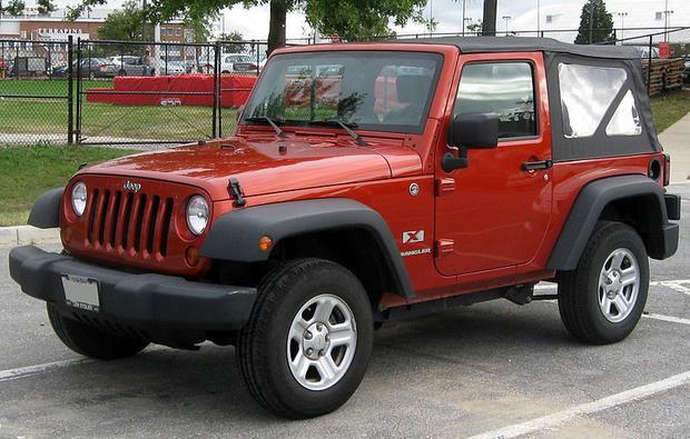 800px-Jeep_Wrangler_X_--_10-06-2010.jpg