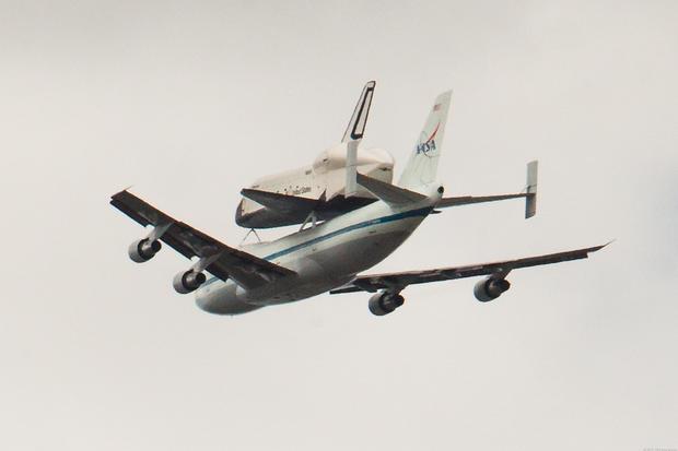 spaceshuttleoverNYC_08.jpg