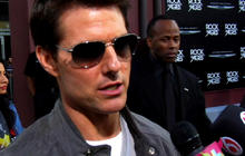 "Tom Cruise rocks ""Rock of Ages"" Hollywood premiere"