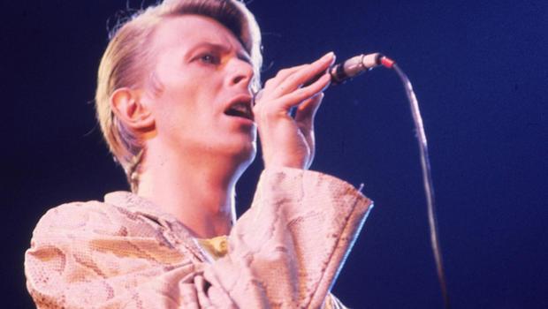 Bowie_AP7805010159.jpg