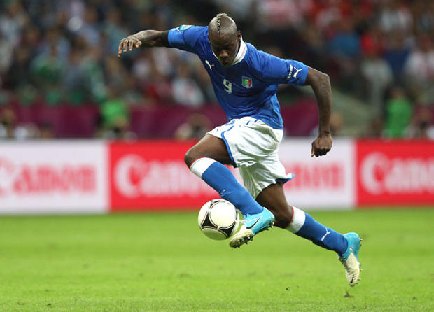 WARSAW, POLAND - JUNE 28: Mario Balotelli of Italy controls the ball as he runs through to score his team's second goal during the UEFA EURO 2012 semi final match between Germany and Italy at the National Stadium on June 28, 2012 in Warsaw, Poland. (Photo by Joern Pollex/Getty Images)