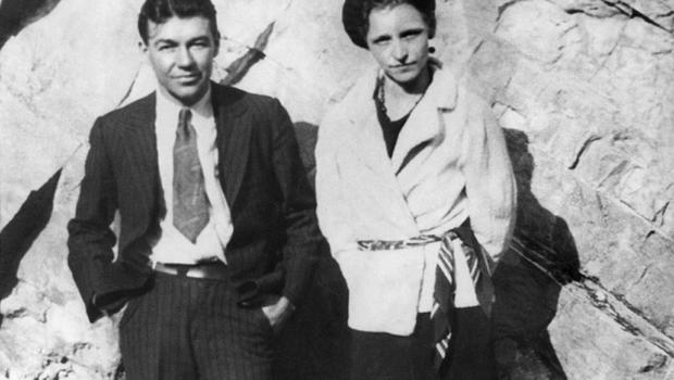 1227 for Bonnie Parker and Clyde Barrow, dated May 21,