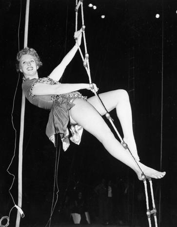 Celeste Holm 1917-2012