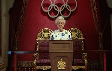 Queen hosts reception for Olympic committee