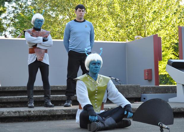 Trek_Spock_and_Andorians.jpg