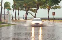 Tropical Storm Isaac batters the Florida Keys