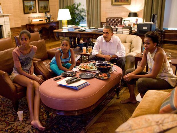 Malia And Sasha Obama Malia And Sasha Obama Pictures Cbs News