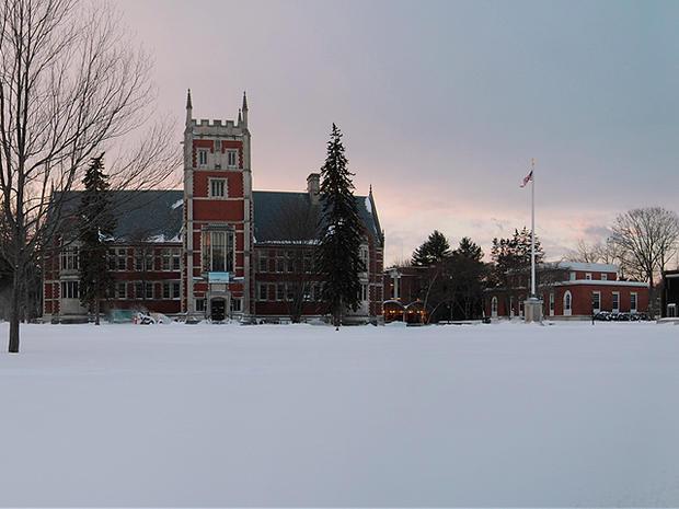Bowdoin-College.jpg