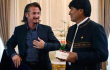 Sean Penn visits Bolivia