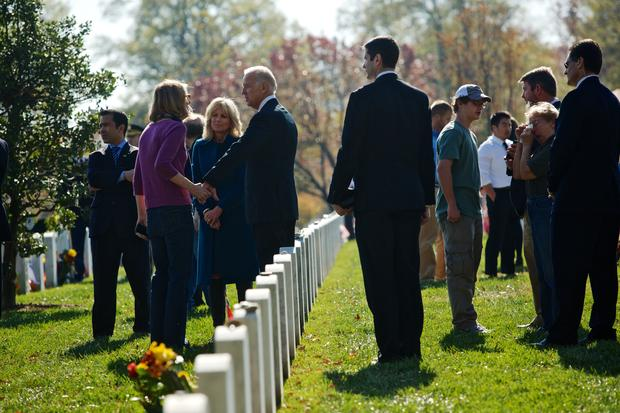 Obama pays tribute on Veterans Day