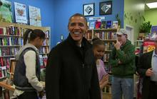 "Obama goes Christmas shopping on ""Small Business Saturday"""