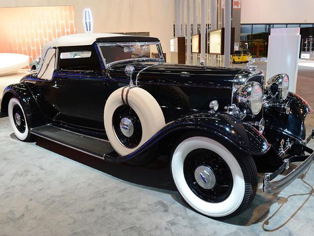 1932-Lincoln-KB-LeBaron-Convertible-Roadster.jpg