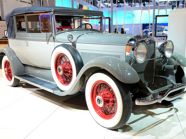 1929-Lincoln-L-Dietrich-Convertible-Coupe.jpg