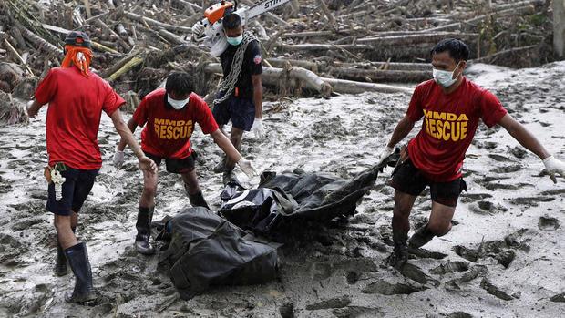 Powerful typhoon hits Philippines