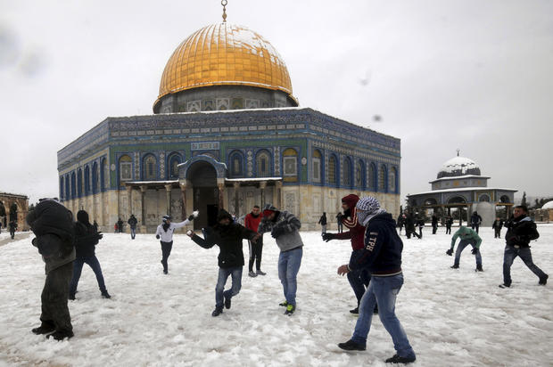 Winter storm batters Mideast