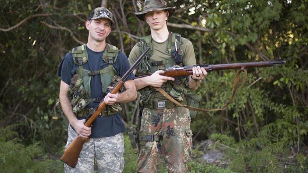 Fla. python hunt draws hundreds