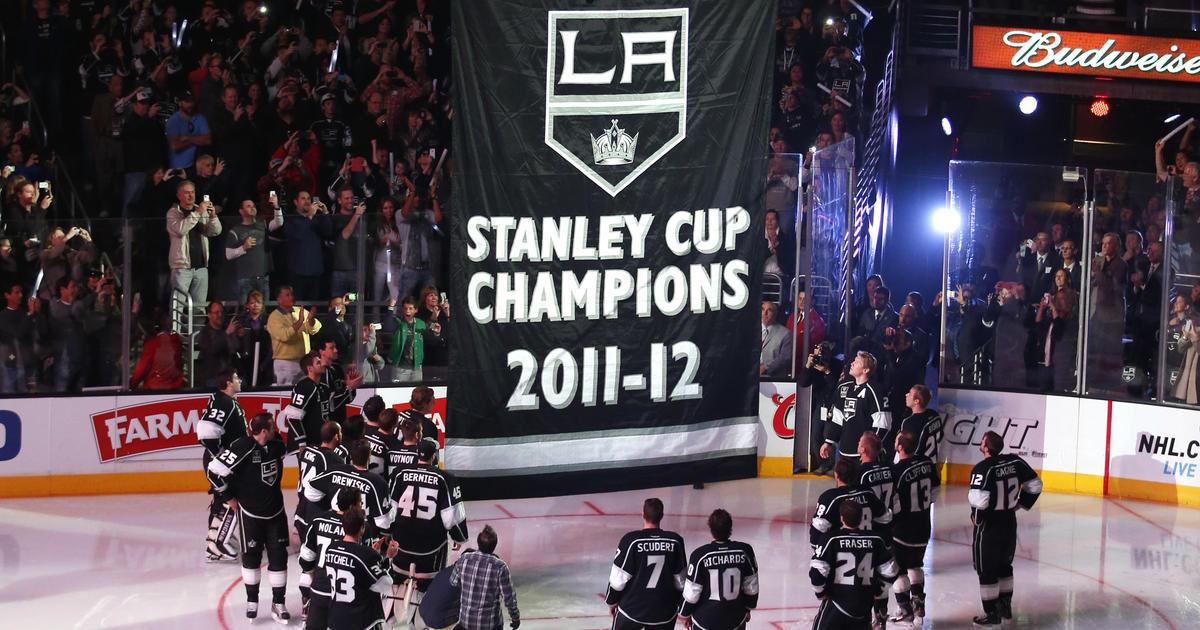 4df12921f55 NHL: Kings get rings, raise Stanley Cup banner - CBS News