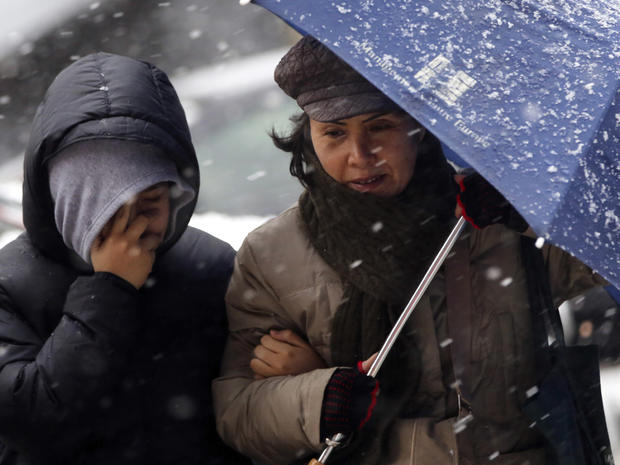 Powerful blizzard descends on Northeast