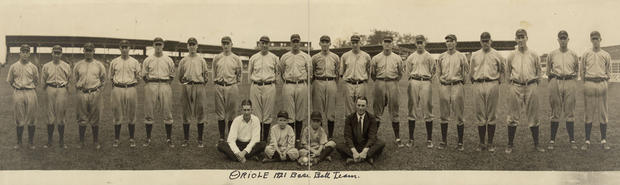 America's pastime: Historic images of baseball