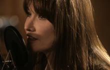 "Web extra: Carla Bruni sings ""Mon Raymond"""