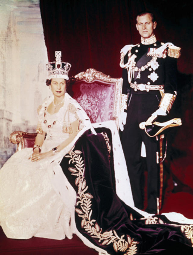 the coronation of queen elizabeth ii cbs news the coronation of queen elizabeth ii
