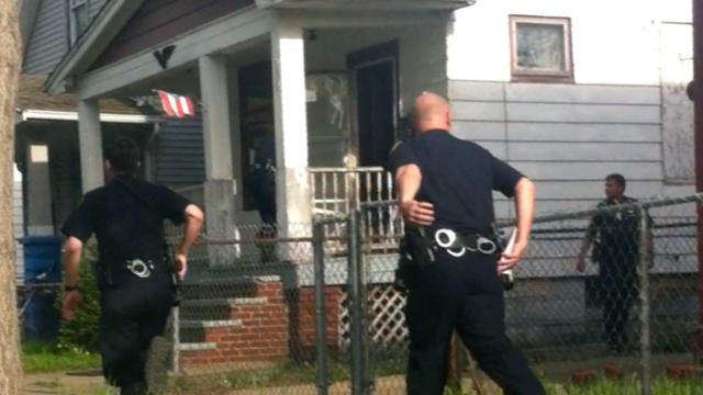 Amateur video captures Cleveland kidnap victims' rescue