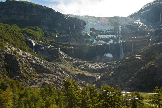 Glacier_Frias,_Monte_Tronador_2012.jpg