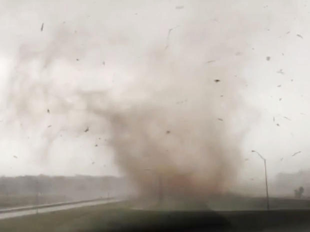 np_tornadodebris.jpg