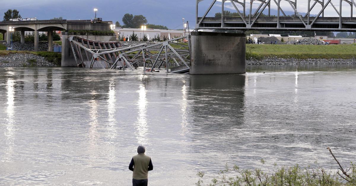Bridge collapse in Washington state blamed on tractor-trailer