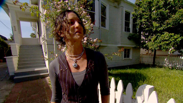 It took Sara Mertz six months and nine offers before she was finally able to clinch a house.