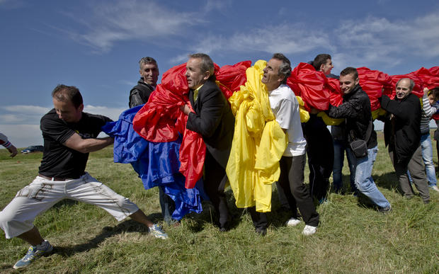World's largest flag unfurled in Romania