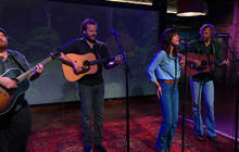 """Nicki Bluhm and The Gramblers sing """"Always Come Back"""""""
