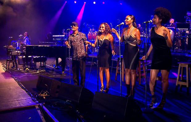 Backup Singers Come To The Fore Photo 8 Pictures Cbs