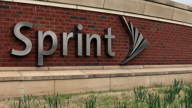 Sprint Completes Acquisition Of Clearwire Cbs News