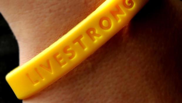 Livestrong_bracelet_51139806.jpg