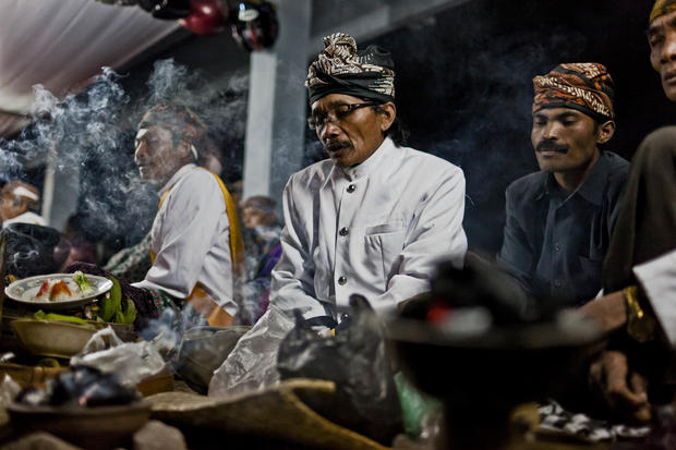 Volcano gods honored in Java