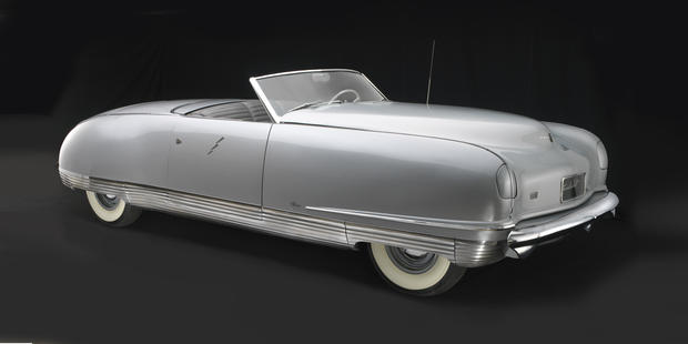 1941_Chrysler_Thunderbolt.jpg