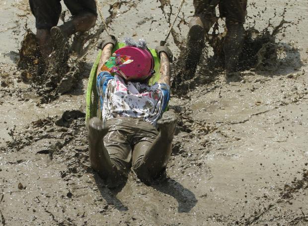 Japanese festival celebrates mud