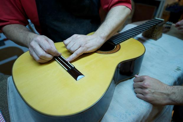 Building a perfect guitar