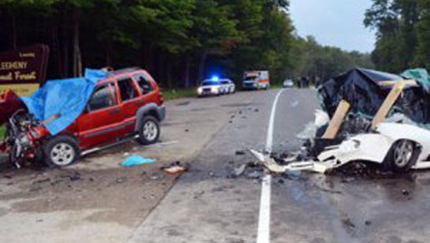 6 Killed In Head On Car Crash In Northwestern Pa Cbs News