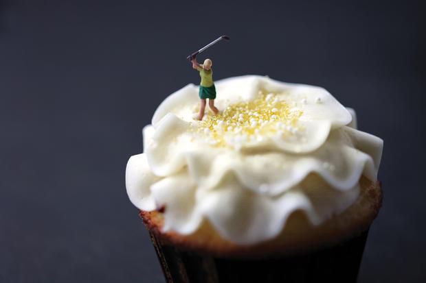 cupcake_golfer.jpg