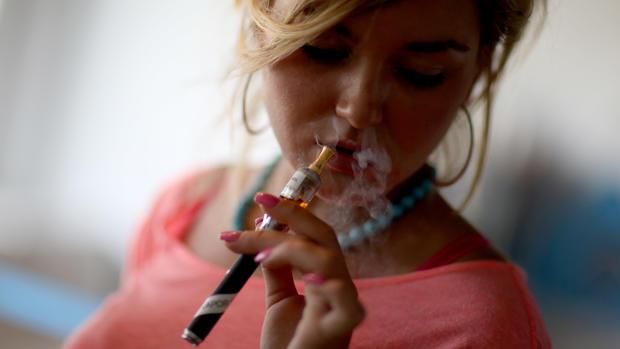 E-cigs surge in popularity