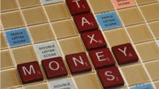 Money_and_taxes.jpg