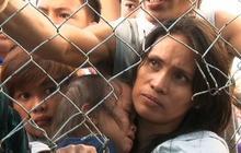 Typhoon Haiyan survivors desperate for help