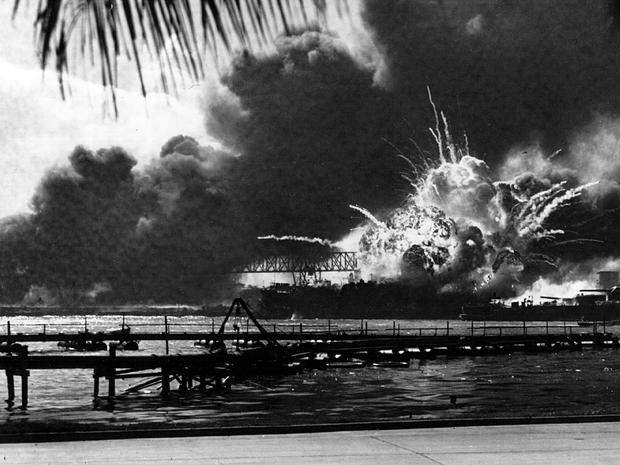 USS_Shaw_Pearl_Harbor_806409.jpg