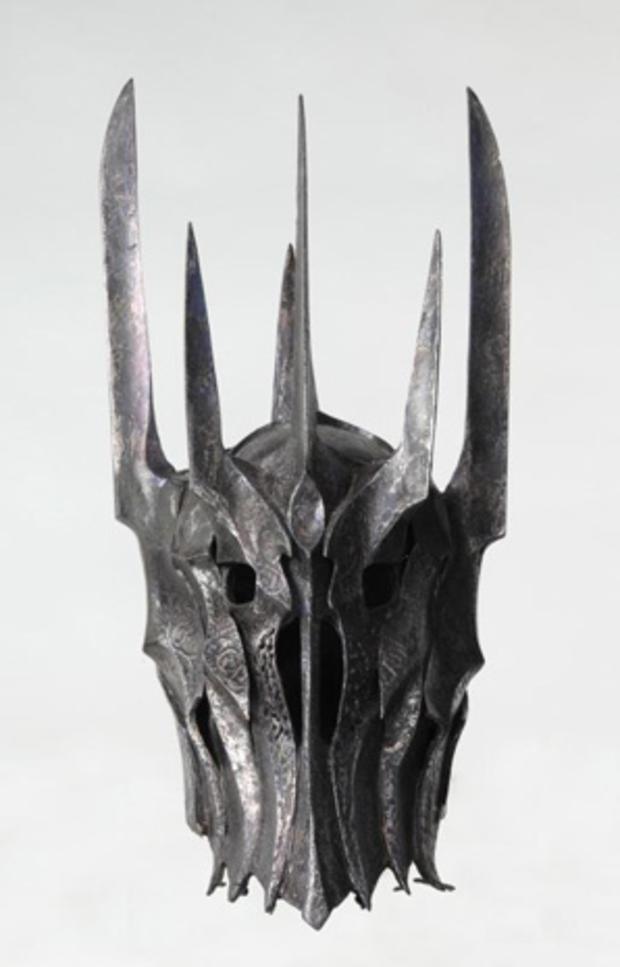 LOTR_Sauron_helmet.jpg