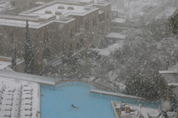 Rare snowstorm blankets Middle East
