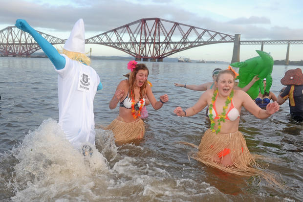 """Loony Dook"" swimmers ring in 2014"