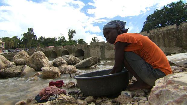 haiti.water.GlorGrab1.jpg