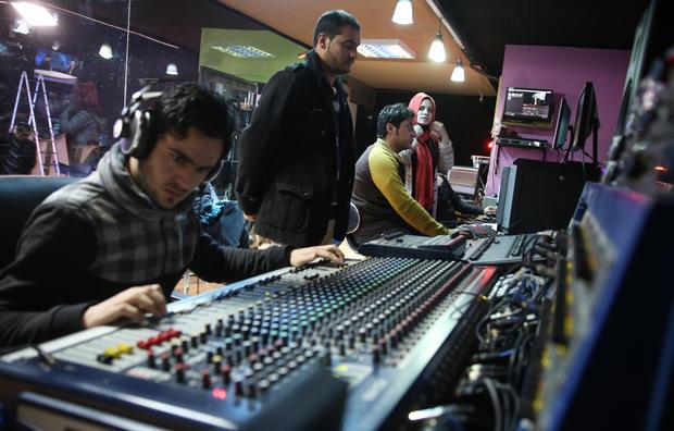 afgan-media2-ap583747891174.jpg